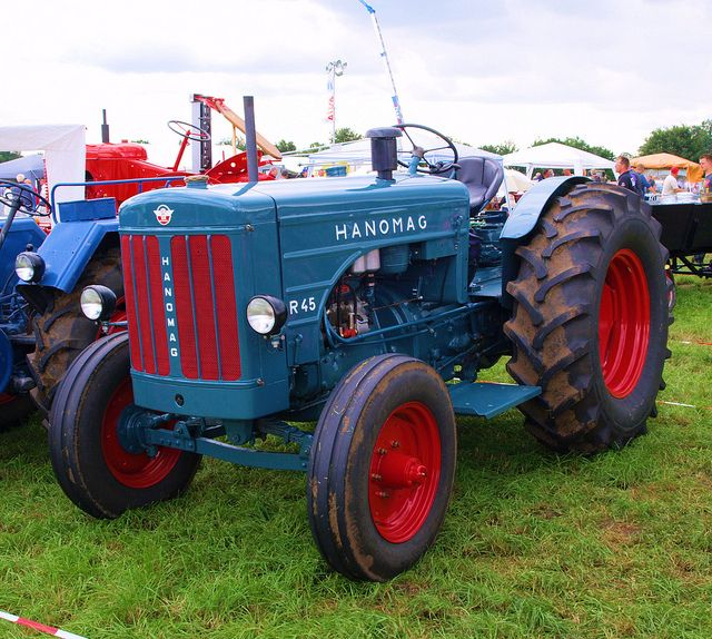 Hanomag R45 Tractor With Images Tractors Old Tractors