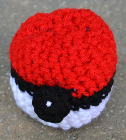 pokeball free #crochet pattern
