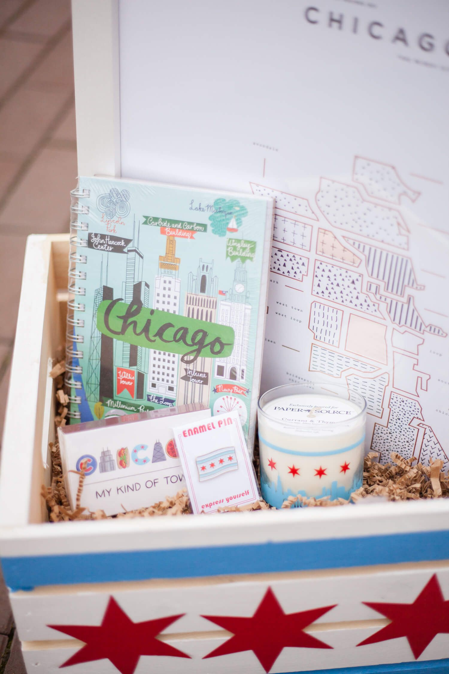 Chicago Themed Gift Basket So Perfect For Someone Who Just Loves The Windy City