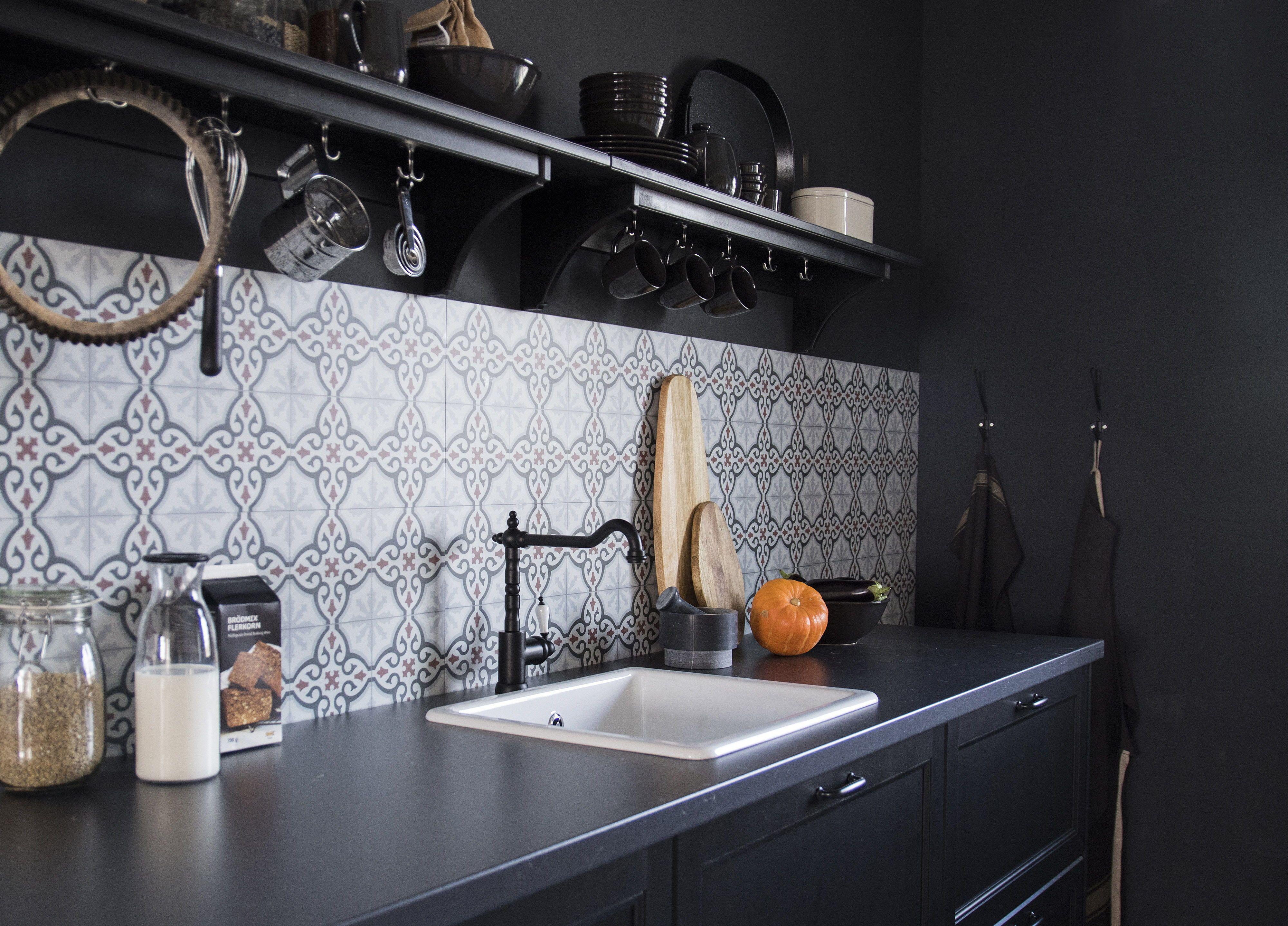 Lerhyttan Deur Zwart Gelazuurd In 2019 Keukens Pinterest