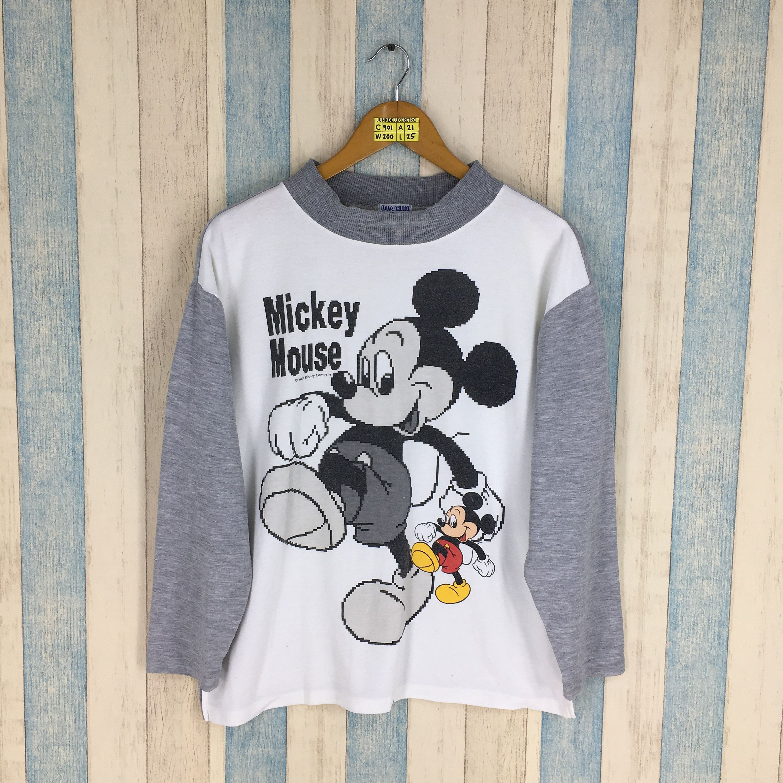 Mickey Mouse Raglan Sweatshirt Unisex Medium Vintage 90 S Walt Disney Cartoon Mickey Mouse Crewnec Raglan Sweatshirts Walt Disney Cartoons Mickey Mouse Cartoon [ 3000 x 3000 Pixel ]