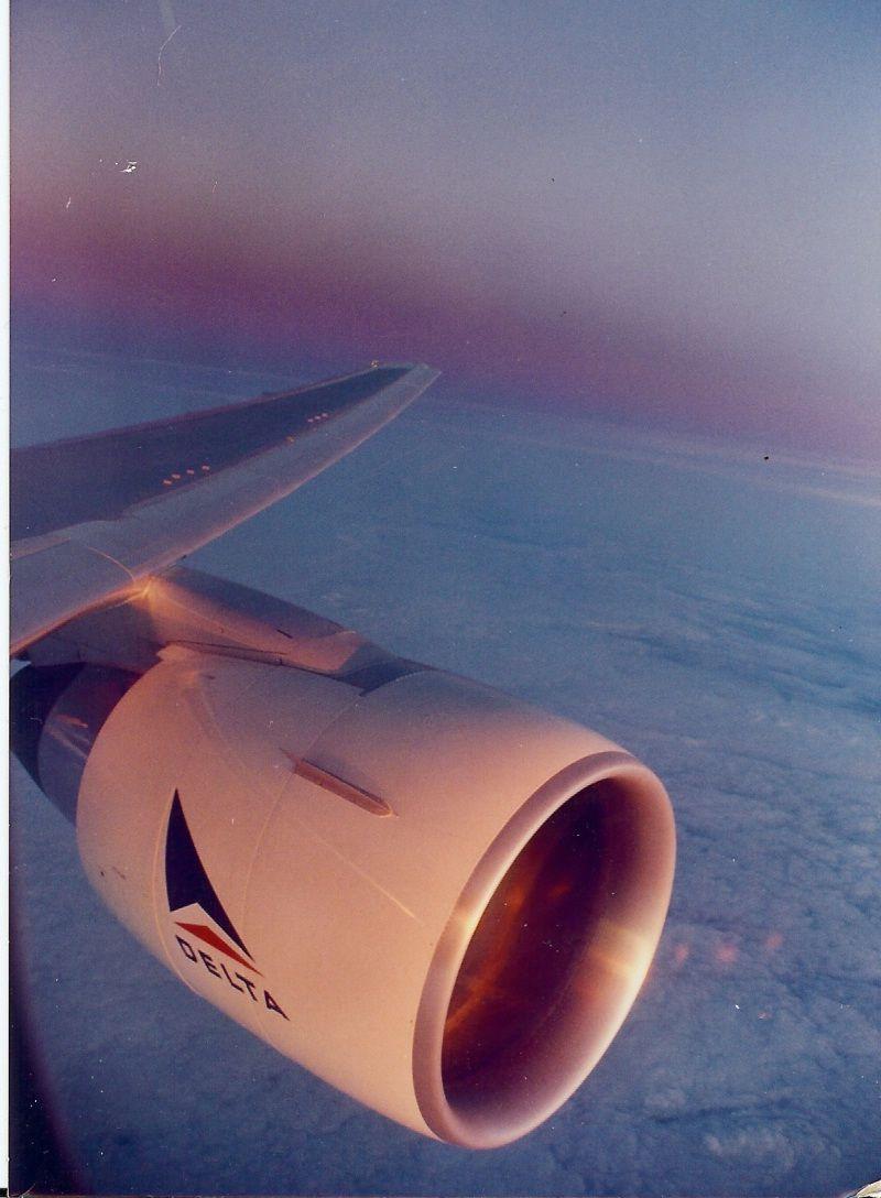 Morning flight from a Tristar. Delta airlines, Delta