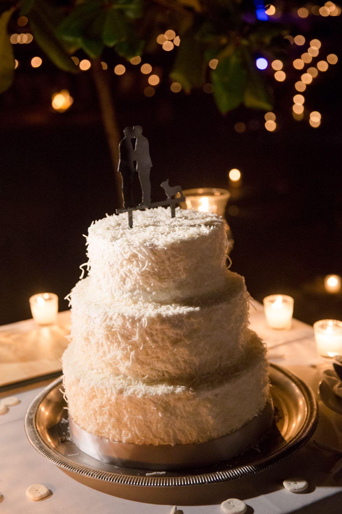 Coconut cake cake cool lacaletas adventure wedding