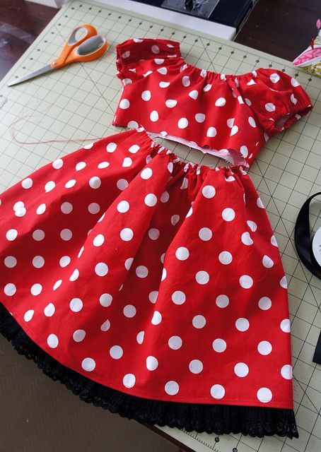 Princess SAL - Minnie Mouse by Cut To Pieces, via Flickr | halloween ...