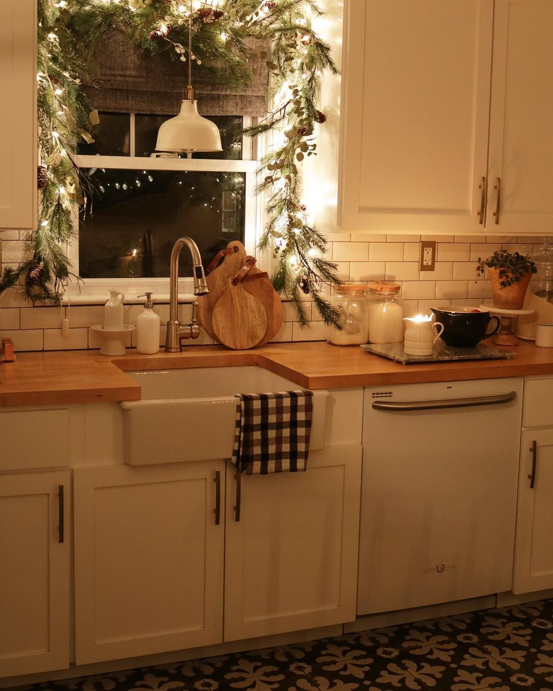 Kitchen sink without window   likes  comments  brooke nesting with grace