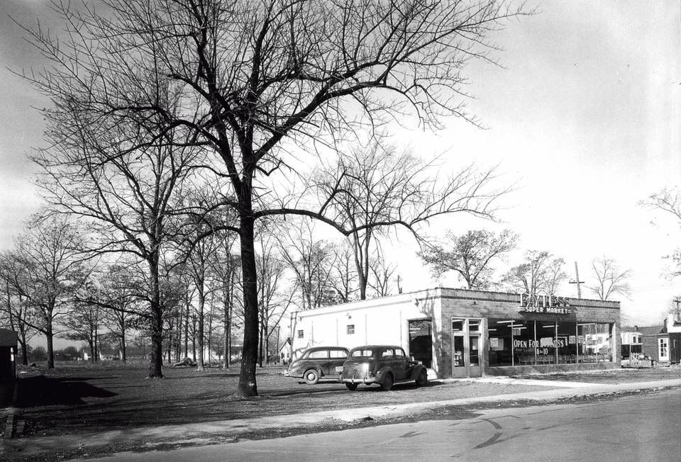 Gas Station Near Current Location >> One Of The First If Not The First Payless Stores This