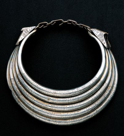 Golden Triangle | Silver neck ring necklace from the Hmong ...