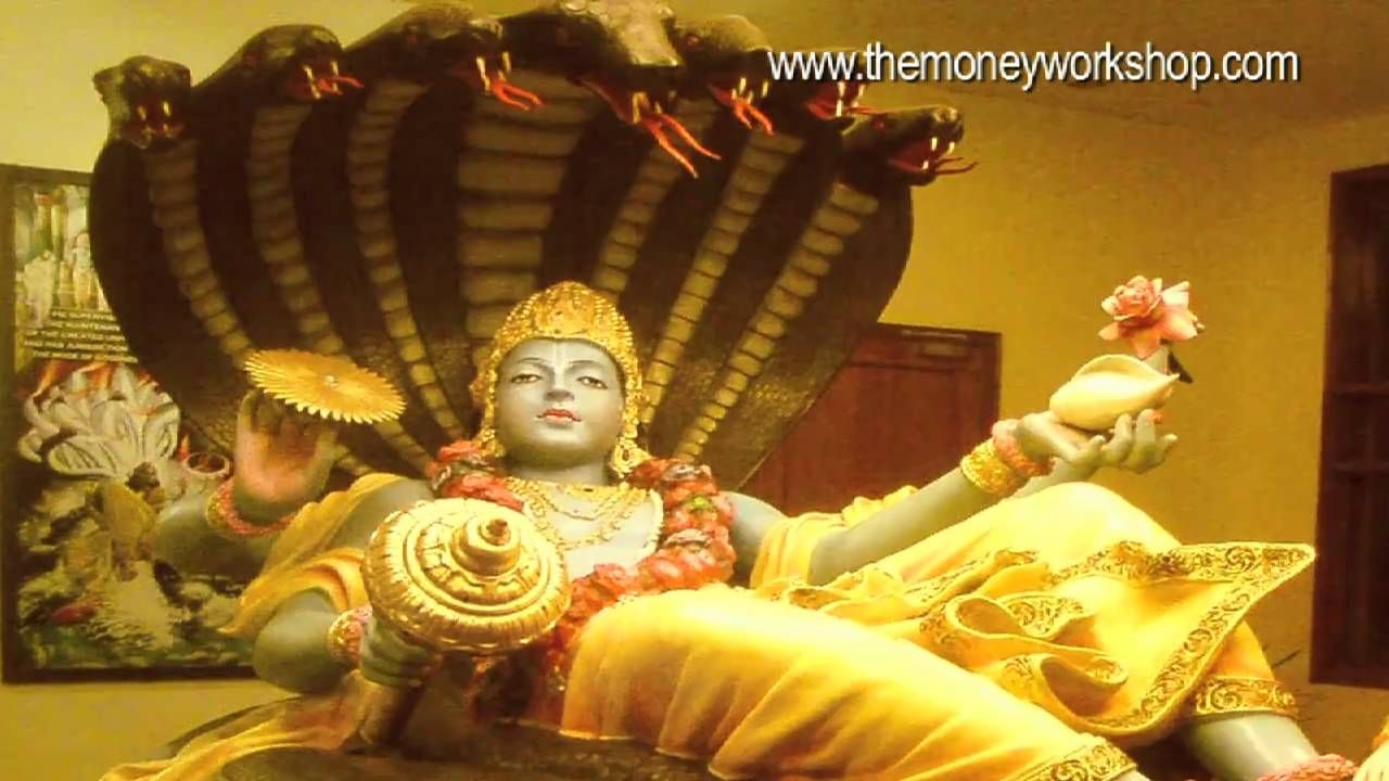 Maha Lakshmi Mantra: Eastern Law of attraction to Attract
