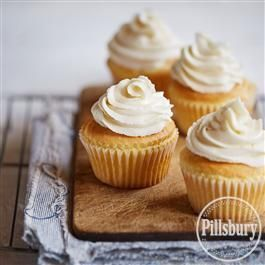 Want to bake a smaller batch of cupcakes? Our Just Six White Cupcakes from Pillsbury® Baking make the perfect half dozen!