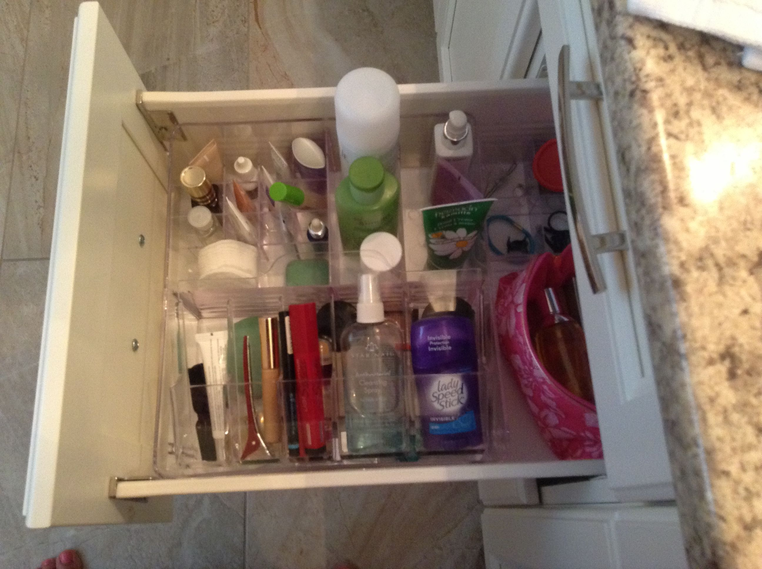 ikea bathroom organizer, so clever | Things for the Home