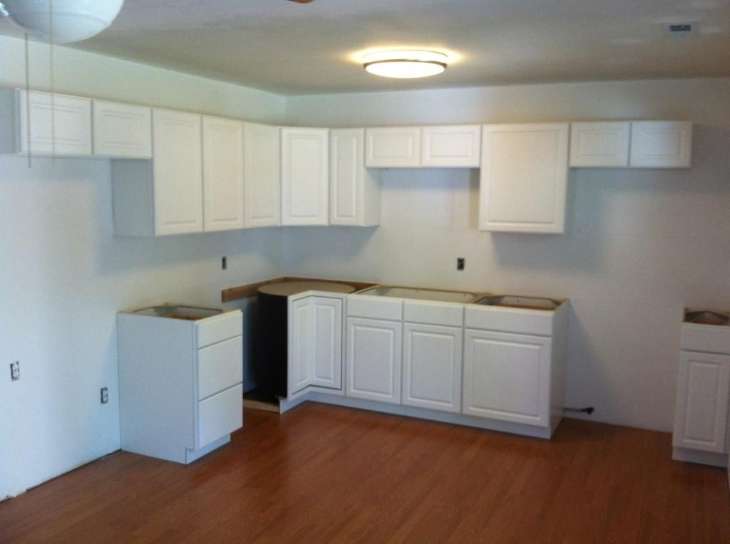 Best Kitchen Kitchen Cabinets Lowes Showroom White Rectangle 400 x 300