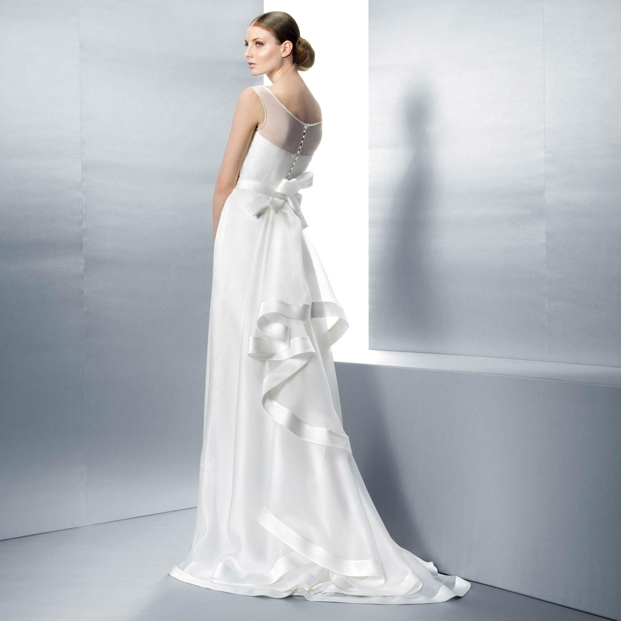 2040 (Vestido de Novia). Diseñador: Jesus Peiro. ... | vestidos ...
