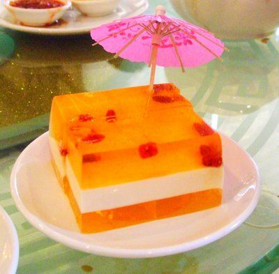 Asian Cuisine Desserts Of Rainbow Hued Gelatins Chinese Desert Food Pinterest