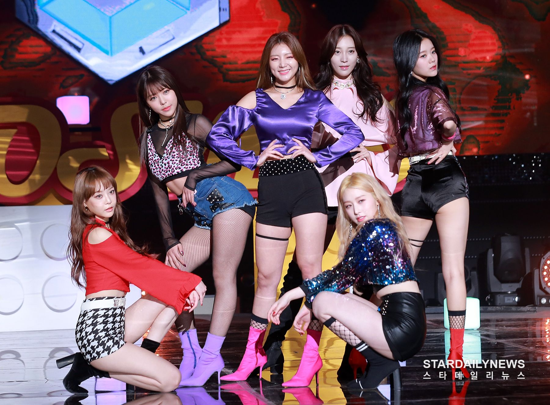 "The Unit Team Yellow Cherry On Top Live ˍ""유닛 Kpop Outfits Top Kpop Cherry On Top"
