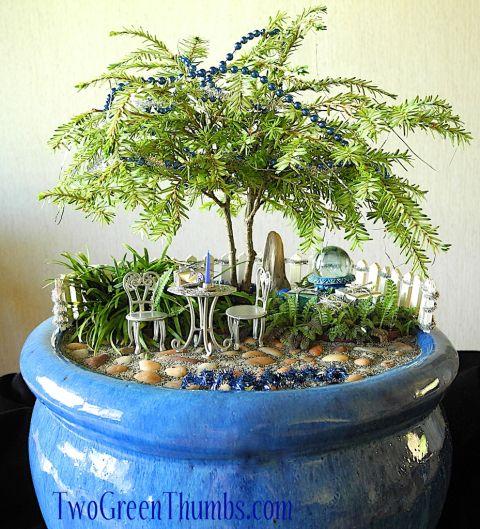 Miniature Holiday Garden
