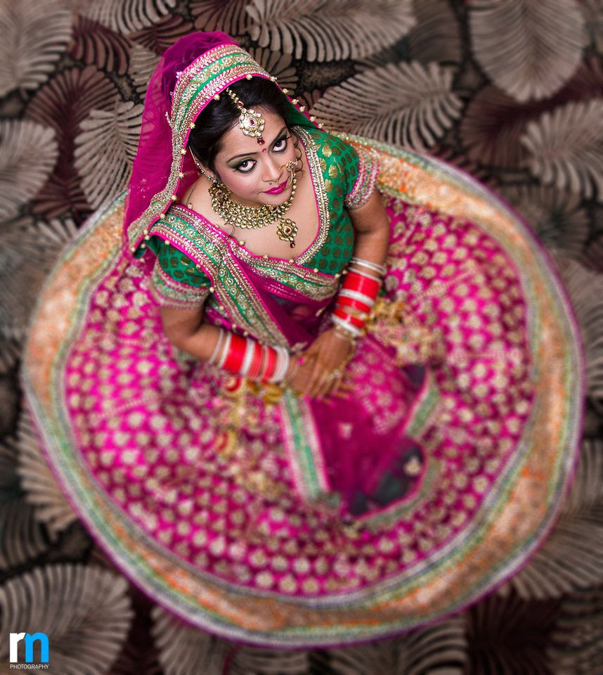 Bride in pink | Brides and Bouquets | Pinterest | Moda india y India
