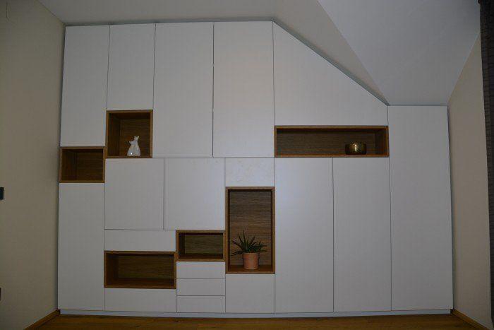 Einbauschrank Grifflos Weiss Mit Eiche Wohnzimmer In 2019