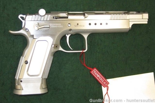 Pin by RAE Industries on baby eagle gun | Hand guns, Guns