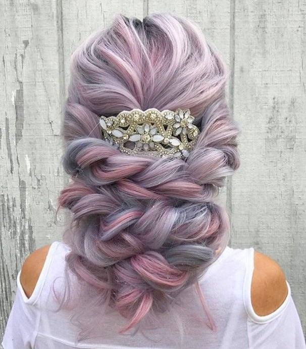 30+ Stunning Colored Wedding Hairstyles