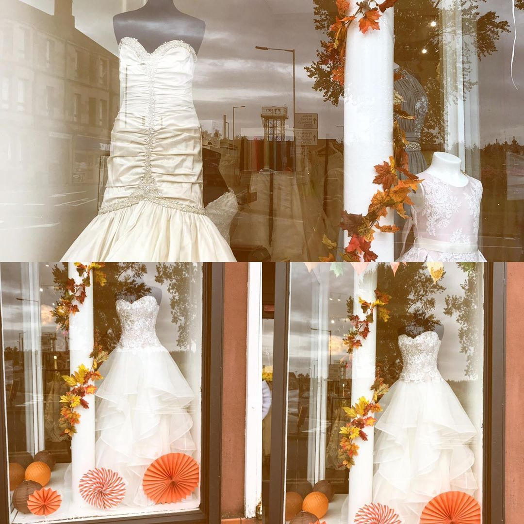 We Autumn Windows At Sunday Rose Like The Leaves Our Prices Are Falling Weddinggown Wedding Wedding Dresses Wedding Dress Shopping Wedding Dresses Lace