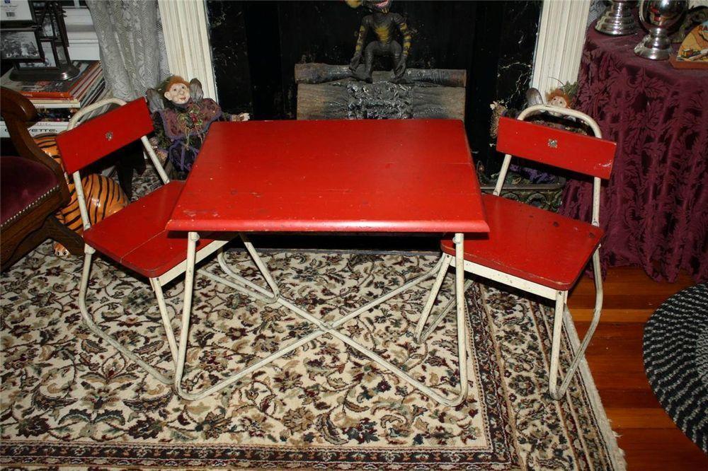 WONDERFUL VINTAGE CHILDRENS TABLE & CHAIR SET 1940'S OR 50'S CHILD PLAY  TABLE - WONDERFUL VINTAGE CHILDRENS TABLE & CHAIR SET 1940'S OR 50'S CHILD