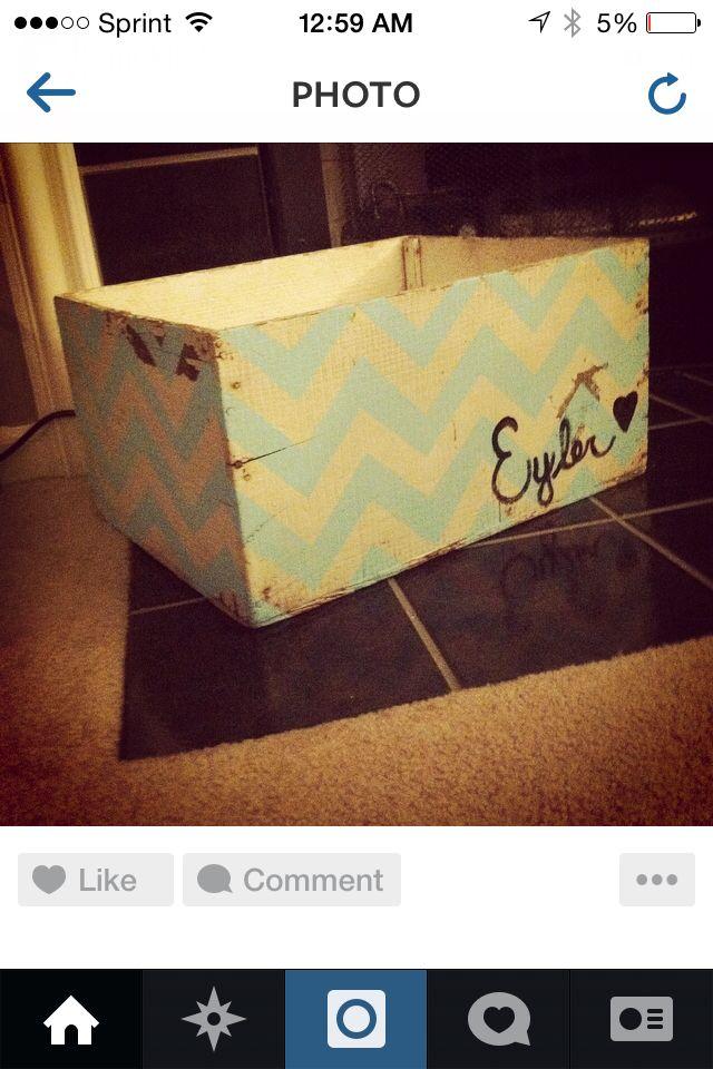 Chevron wooden crate :)