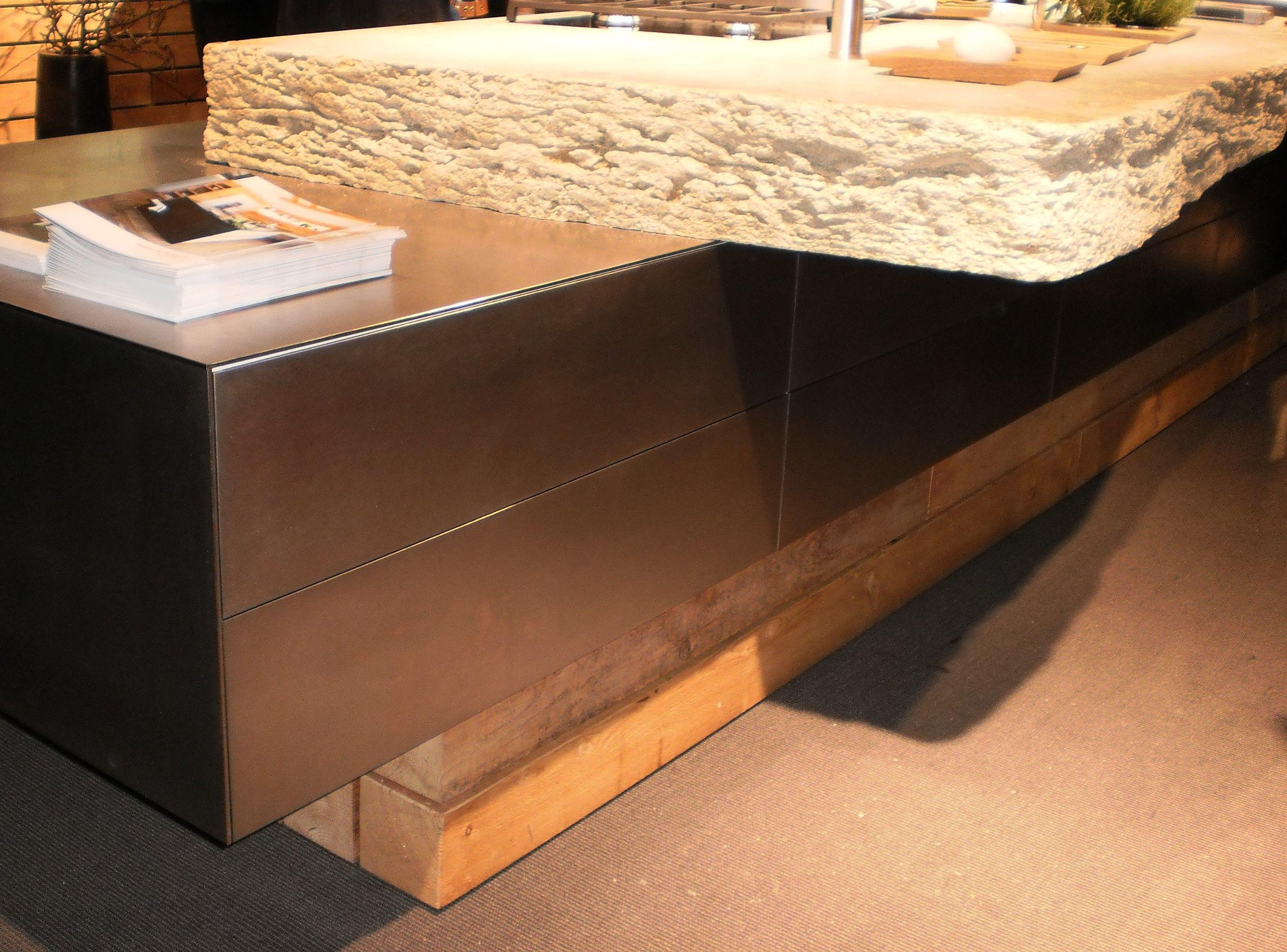kche steinplatte best gute inspiration steinplatte kche und tolle aus keramik vorteile. Black Bedroom Furniture Sets. Home Design Ideas