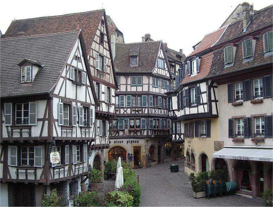 Alsace colmar la jolie ville de colmar en alsace haut for Piscine unterlinden colmar