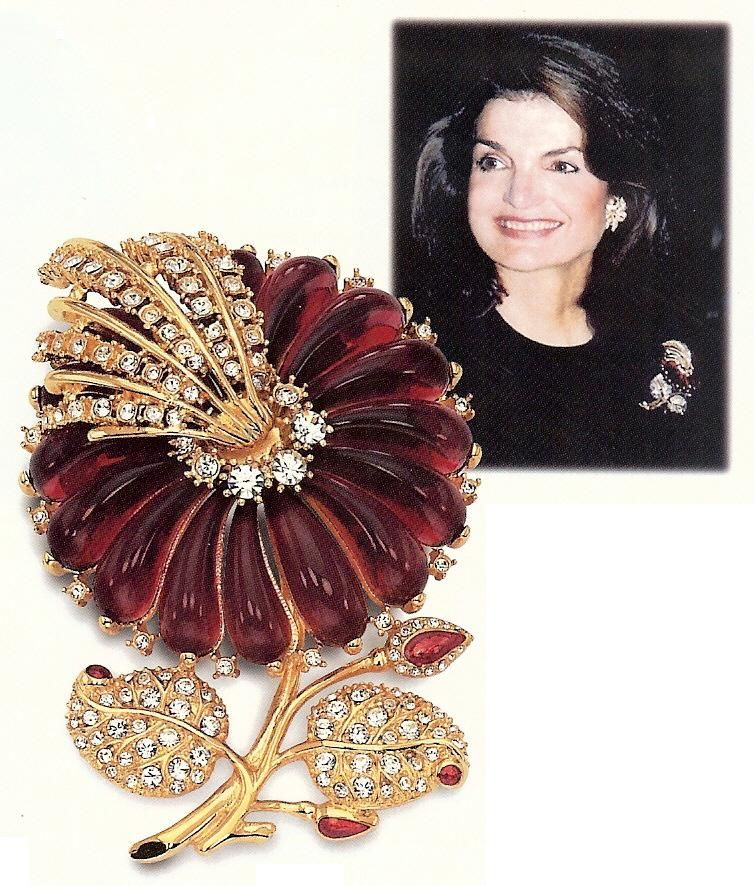 rosamaria g frangini royal jewellery red rose brooch jacqueline kennedy high royal. Black Bedroom Furniture Sets. Home Design Ideas