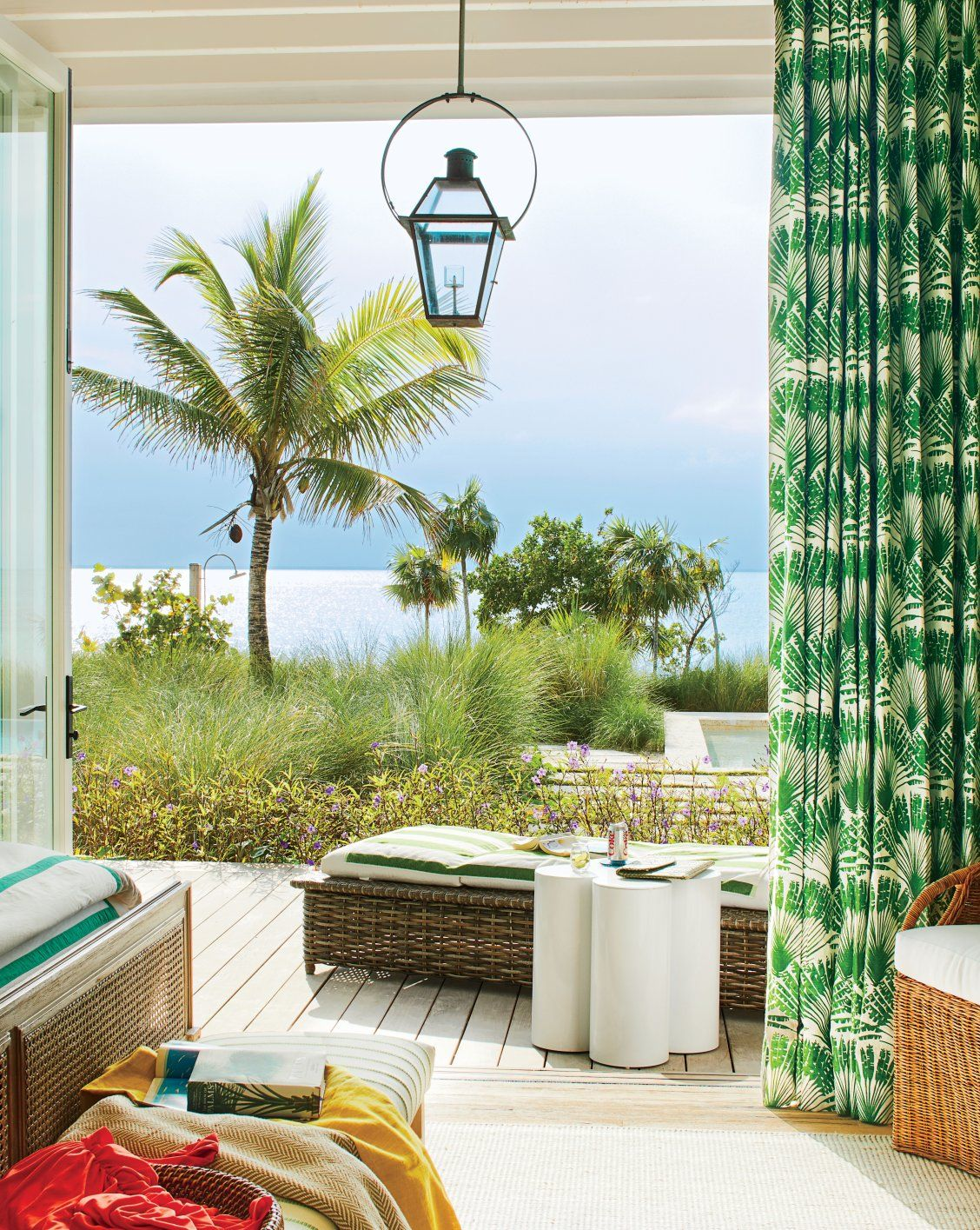 Tour the Bahamas Beach House of Your