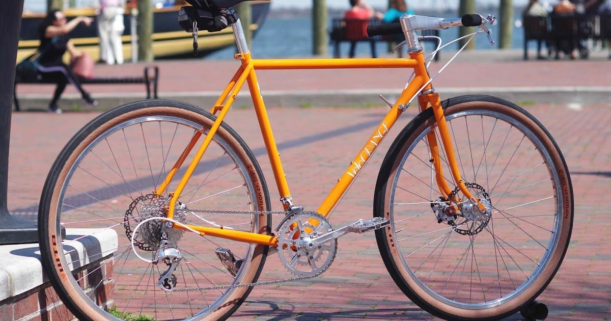 By Igor Road Bikes Converted To Flat Bars Are Gaining A Lot Of Popularity In Urban Environments The Combination Of An Upright Posi Bike Road Bicycle Urban