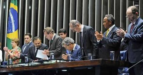RS Notícias: Senado aprova reajuste de 21,3% para servidores ef...