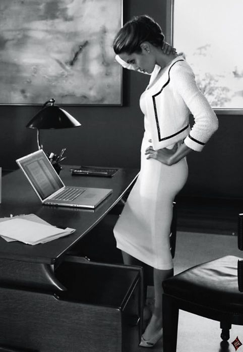10 Things Every Woman Needs at Her Desk