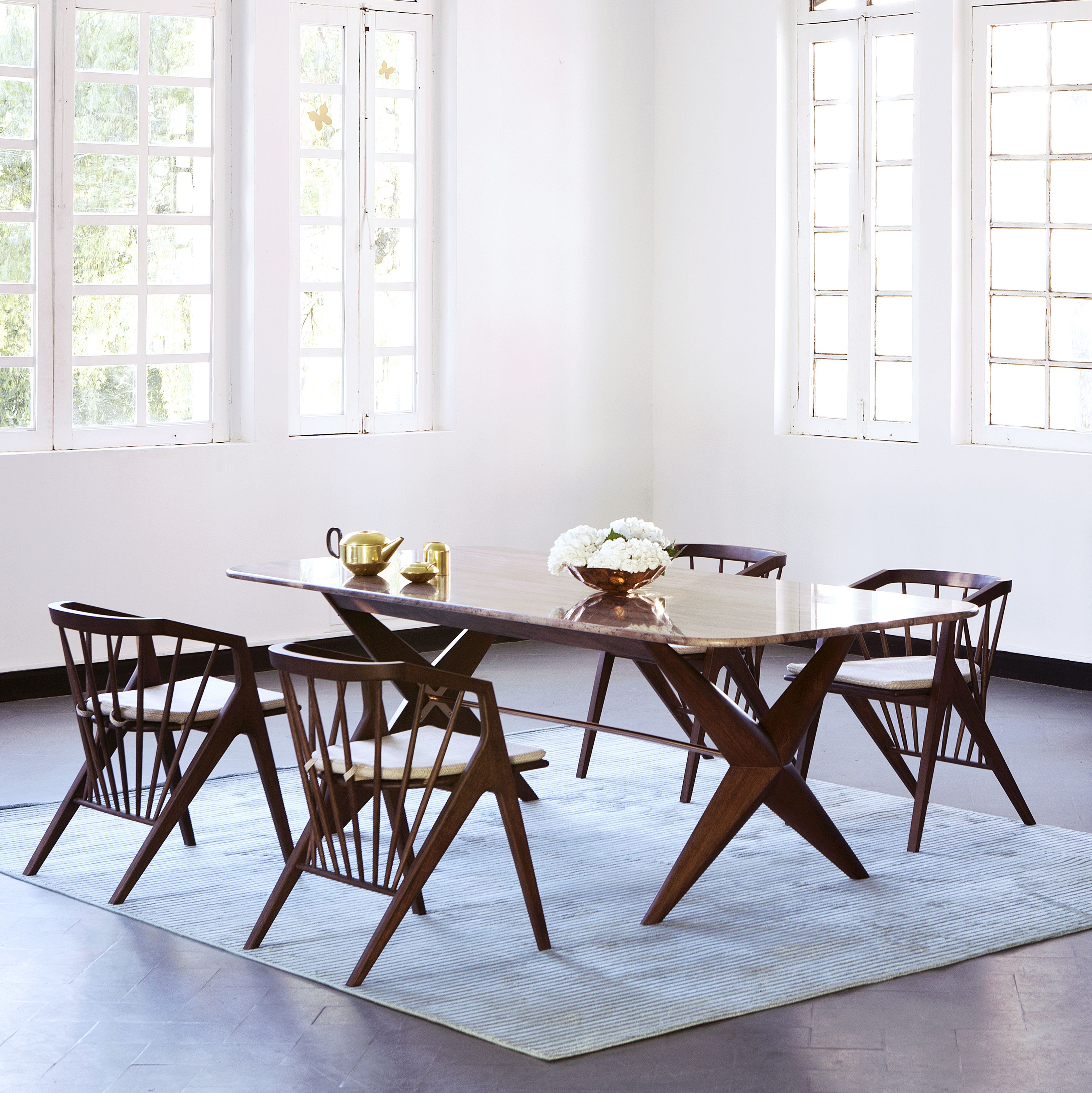 CONTEMPORARY DINING ROOM Victoria Dining Set Zientte Houston ZientteVictoriaCollection