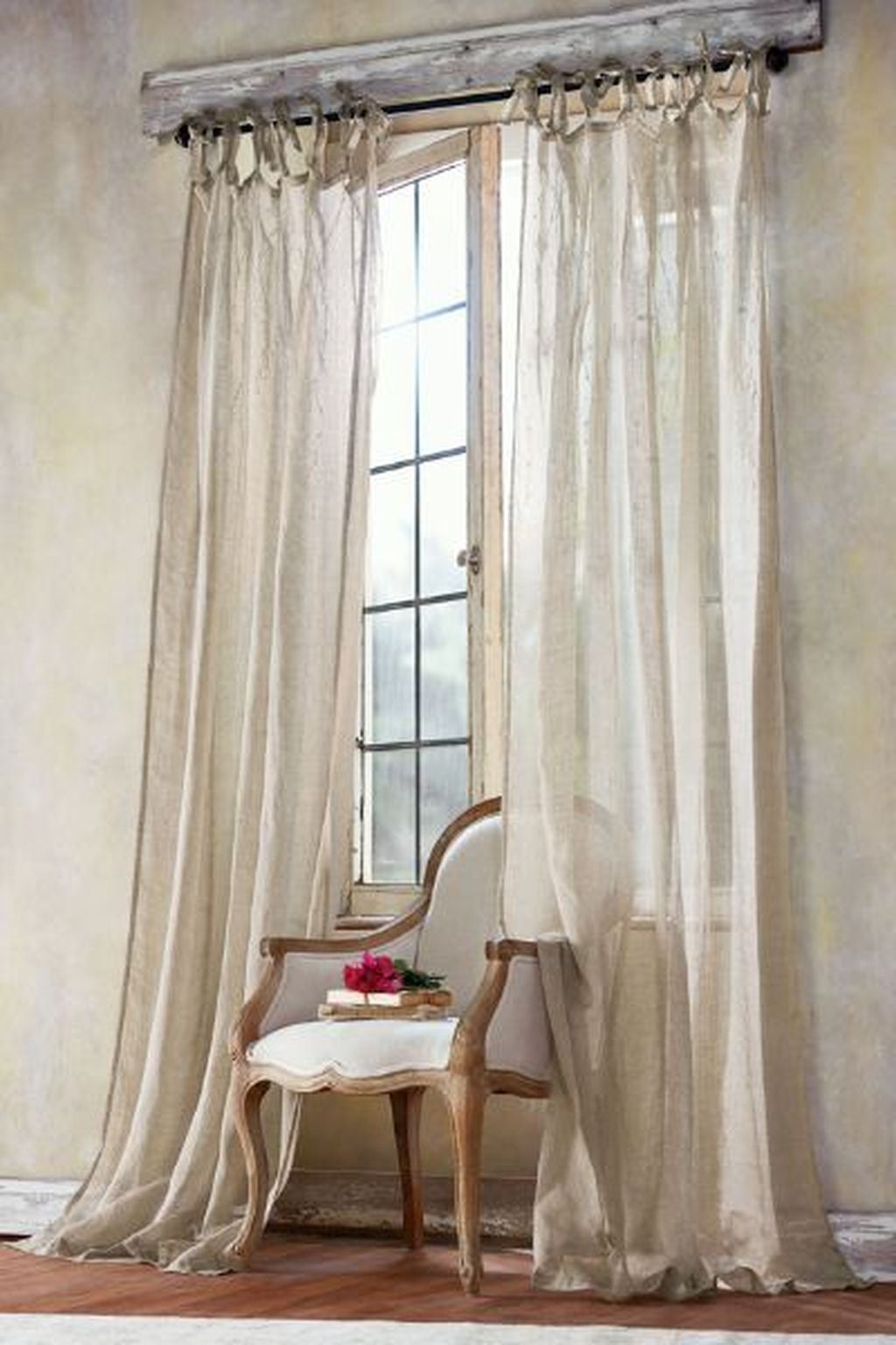 47 Beautiful Tall Curtains Design Ideas For Living Room French