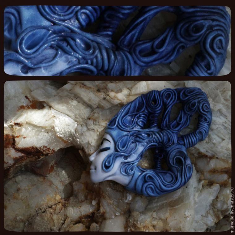В данном мастер-классе хочу показать процесс лепки сказачного кулона, я назвала его «Синий Ветер». Основной упор сделан на лепку лица в профиль, наподобие камеи, который можно использовать для создания интересный и необычных украшений как из полимерной глины, так и в сочетании с другими материалами.Для начала немного анатомии, ибо без нее никакая лепка лица невозможна.