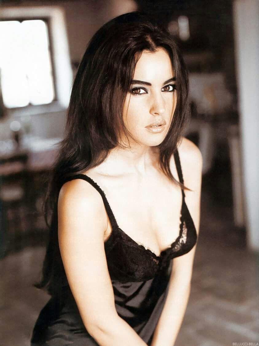 Katerina Giannoglou Nude Photos 52