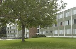 Newsom Hall Is One Of Csu S Standard Style Halls With Floors Designated For Upperclass And Transfer Students Colorado State University Hall Residence Hall