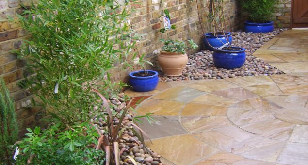 Ideas for paving designs & gravel with pots
