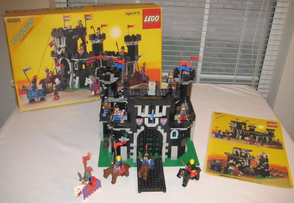 Lego Legoland Black Monarchs Castle Knights Set 6085 Box