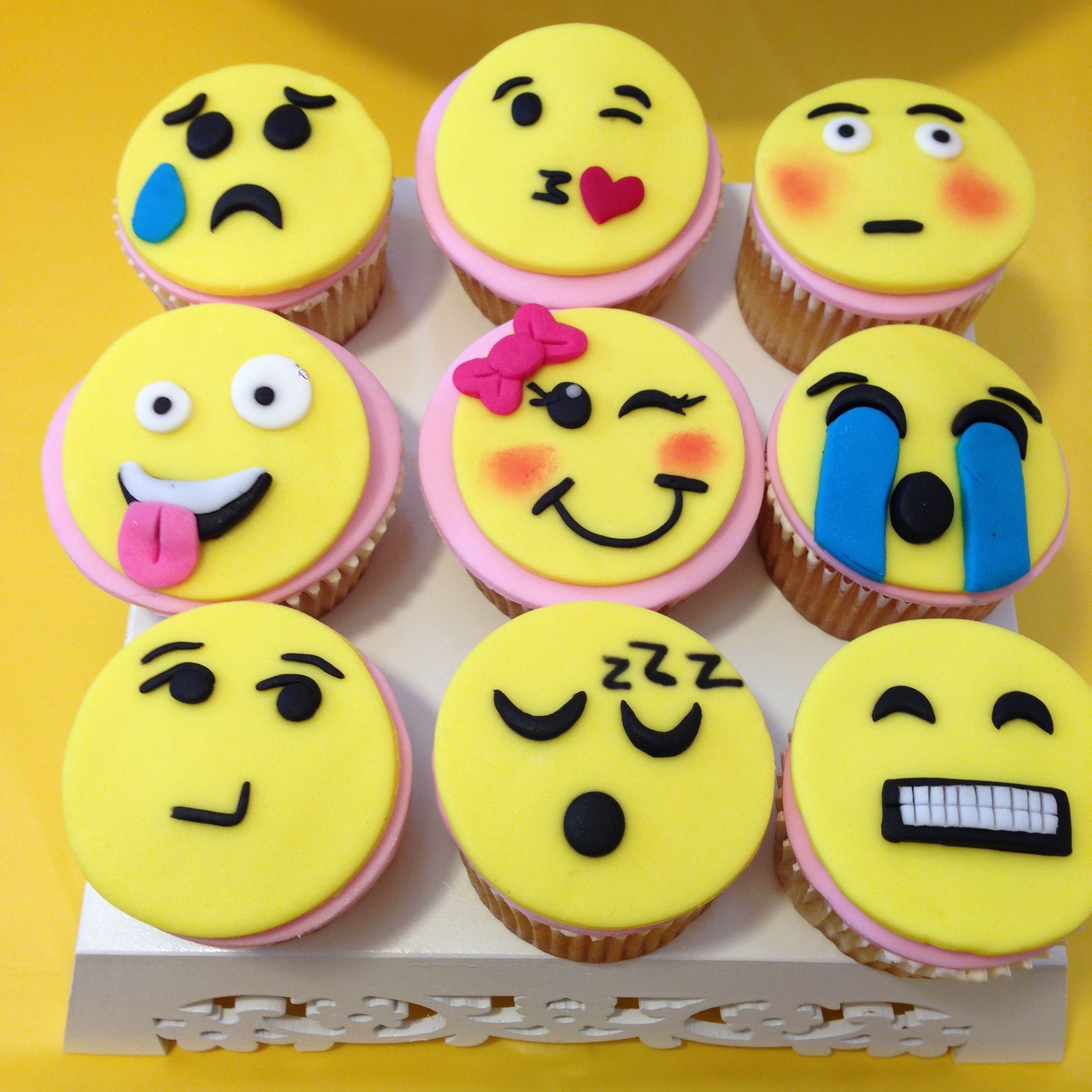 Lovely pink emoji cupcakes by DessertTables.ie, Dublin