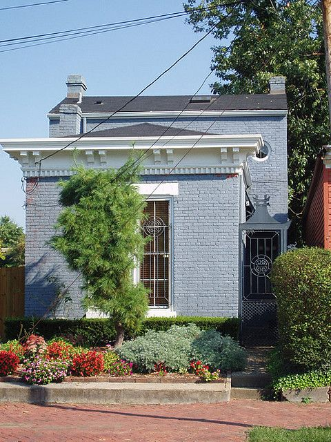 shotgun house in brick. louisville, ky.
