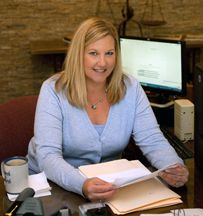 Dina Sullivan Legal Assistant To Don And Charlie Ward Personal Injury Law Personal Injury Law Firm Car Accident Lawyer