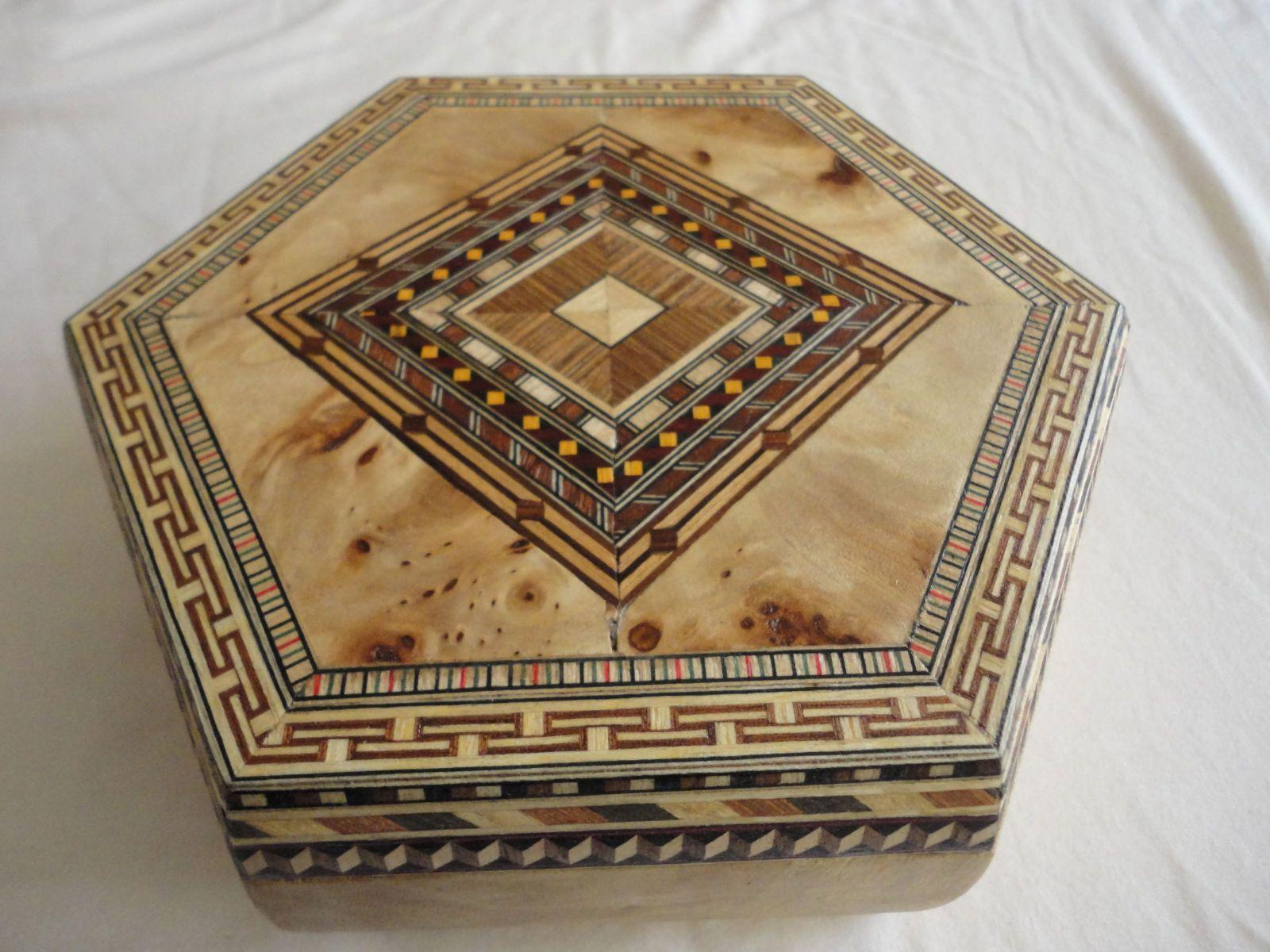 Marqueteria Taracea Y Contracolado Pinterest Cajas  # Muebles Taracea