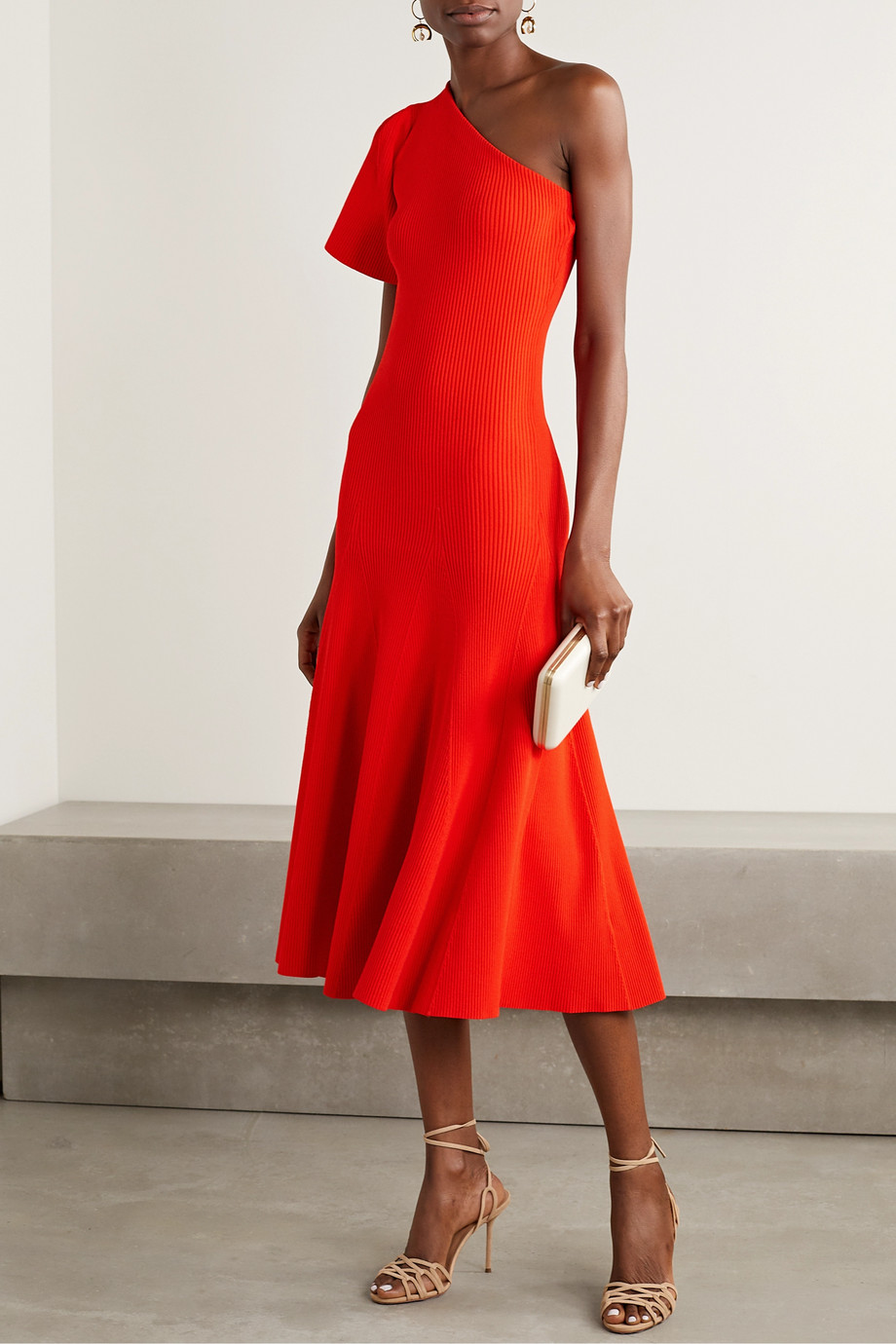 Red One Sleeve Fluted Ribbed Knit Midi Dress Carolina Herrera Knit Midi Dress Dresses Knit Midi [ 1380 x 920 Pixel ]