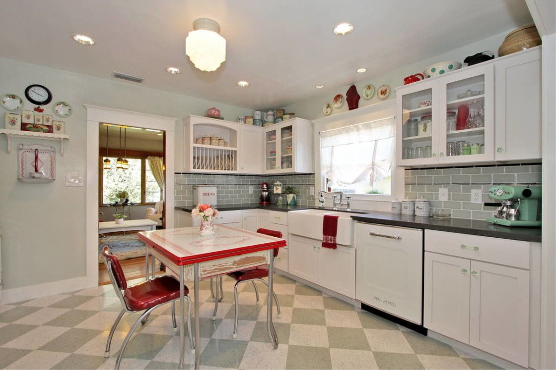 Images Of Decorated Kitchens cool small vintage kitchen design ideas with white kitchen cabinet