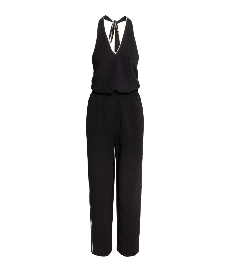 Halterneck, open-back jumpsuit in textured woven fabric.| H&M Trend