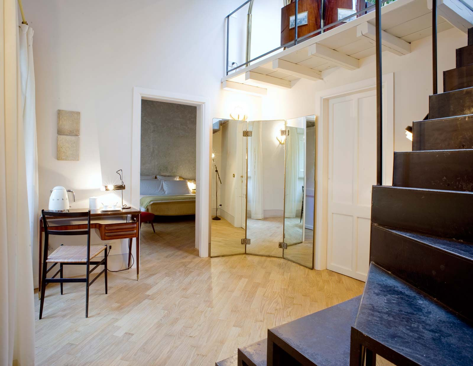 G rough luxury suites rome