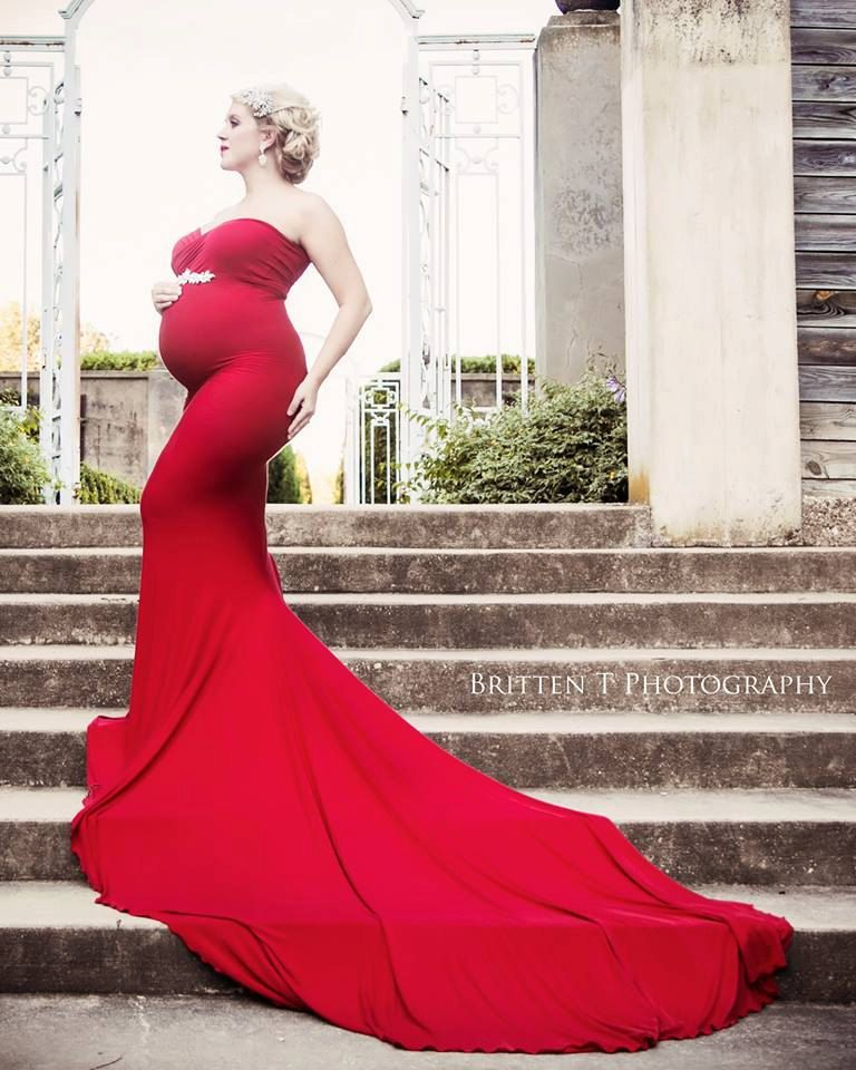 Jessica Gown • Fitted Maternity Gown • Sleeveless