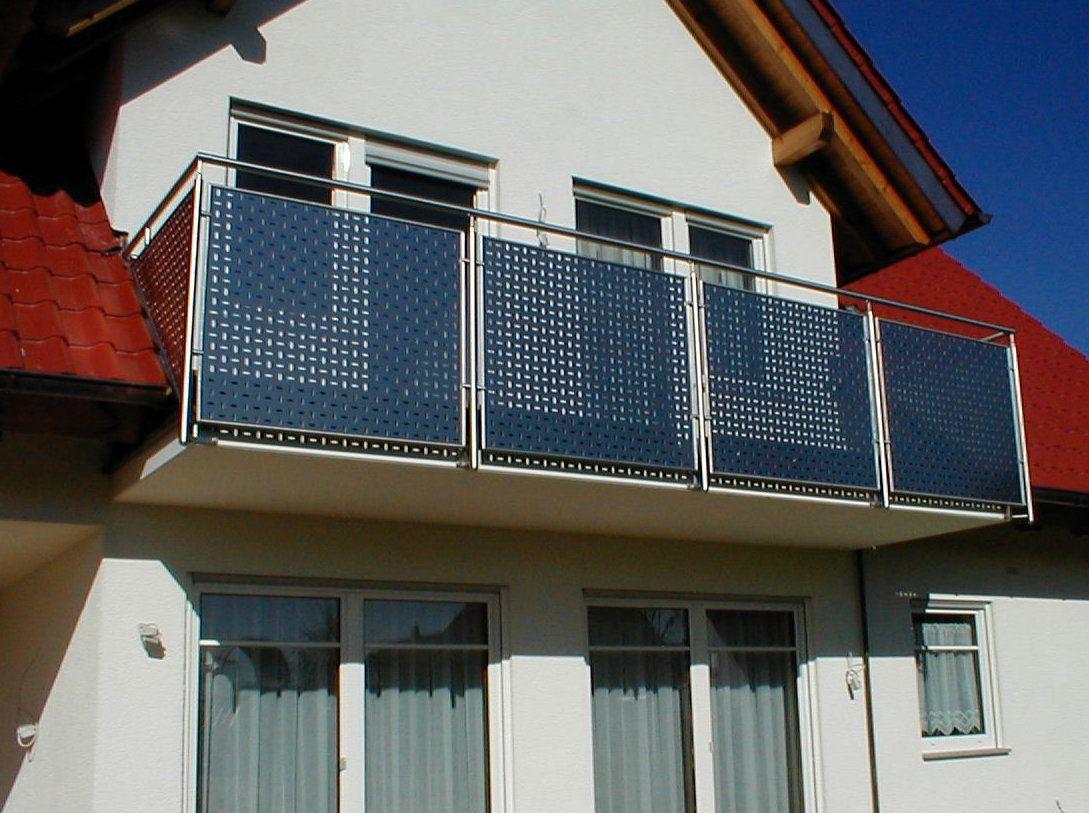 edelstahl balkongel nder mit lochblechf llung balkon. Black Bedroom Furniture Sets. Home Design Ideas